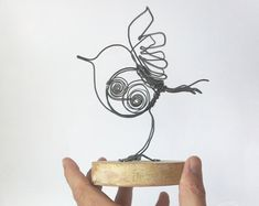 Bird - Iron wire sculpture