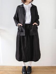 ラグランスリーブのJK×バルーンスカートのセットアップです。メンズライクなレースアップシューズで、ちょっぴりマニッシュなお嬢さんスタイル。