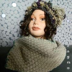 Ensemble bonnet écharpe femme en laine création unique et originale zagmoun  Bonnet Echarpe, Laine, 10a0d7c5c9f