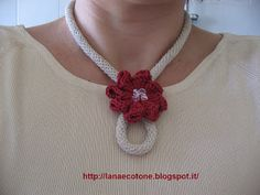 I-cord Lariat necklace with flower slide. Knitted Necklace, Knit Bracelet, Fabric Necklace, Crochet Earrings, Bracelets, Jewelry Crafts, Handmade Jewelry, Spool Knitting, Crochet Ball