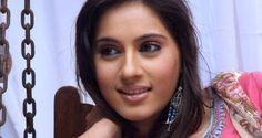 Kanchi Kaul is an Indian television actress and model. She was born on 24 May, 1982 in Srinagar, India. Her professional acting career was started in 2004 when she made her appearance in the television series Maayka.