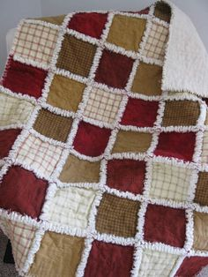 Flannel rag quilt, like these colors