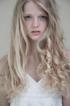 Annemarie Kuus : New Face From Netherlands