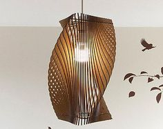 Artículos similares a FREE SHIPPING - Handmade Wood Veneer Lamp, Pendent lamp, Wood Lampshade, Lighting Design, Patio Light, Hanging Light - Chandelier, Fixtures en Etsy