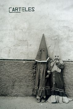 Cristina Garcia Rodero, Semana Santa, Moratalla, Murcia 1980, courtesy Galerie Vu, Paris Murcia, Holy Week, Magnum Photos, Light And Shadow, Romania, The Darkest, Creatures, Black And White, Painting