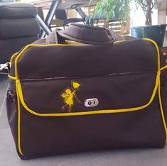 Sac à langer Boogie marron et passepoil jaune cousu par Lili Za - Patron sac à langer Sacôtin