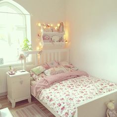 Home – Decor 45 Stunning Shabby Chic Bedroom Decor Ideas Shabby Chic Bedroom Furniture, Shabby Chic Bedrooms, Bedroom Vintage, Trendy Bedroom, Shabby Chic Homes, Shabby Chic Decor, Home Bedroom, Girls Bedroom, Bedroom Decor
