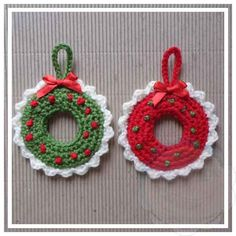 Christmas Wreath Tree Ornament Christmas Wreath Tree Ornament This pattern was part of 2015 October 31 Days of Handmade Christmas Ornaments! Crochet Christmas Wreath, Crochet Wreath, Christmas Crochet Patterns, Crochet Ornaments, Christmas Wreaths, Christmas Crafts, Christmas Decorations, Holiday Decor, Little Christmas Trees