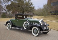1931 LaSalle Roadster - (LaSalle brand by General Motors Cadillac division, Detroit, Michigan (1927-1940)