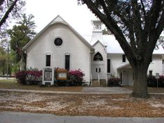 First United Methodist Church building at 21930 SE 67th Place - Hawthorne, Florida 2006