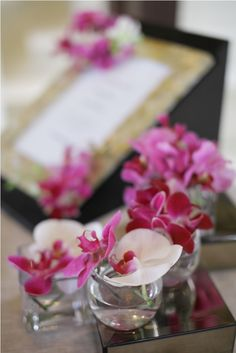 Pink and white Orchid - registration table by Tirtha Bridal Uluwatu Bali White Orchids, White Roses, Calla Lily, Color Themes, Wedding Colors, Bali, Exotic, Delicate, Table Decorations