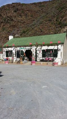 Tiekkel pienk padstal in western Cape I Am An African, Pad, Small Shops, Coffee Shops, Stalls, Countries Of The World, Cape Town, Good Times, South Africa