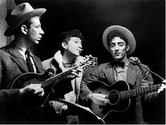 18- Bob Dylan Gerde's Folk City with The Greenbriar Boys