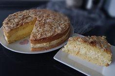 Ruck - Zuck Bienenstich von cayetana   Chefkoch German Desserts, Cake & Co, Sweet Life, Allrecipes, Tiramisu, French Toast, Brunch, Tart, Food And Drink