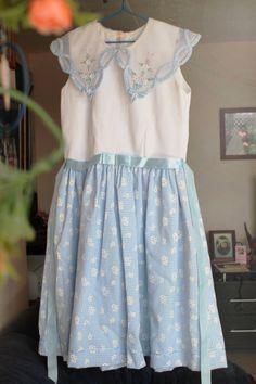 Adorable Vintage Peter Pan Collar Dress - (8-10 year old girls')