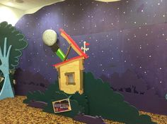 Lifeway VBS 2017 Galactic Starveyors Worship Rally Decorations that are simple and make a big impression on your Starveyors. Vbs Crafts, Preschool Crafts, Diy And Crafts, Space Party, Space Theme, Galatic Starveyors, Vbs 2016, 2017 Vbs, Submerged Vbs