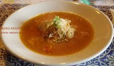 Ciorba de varza murata cu perisoare Thai Red Curry, Supe, Bacon, Ethnic Recipes, Food, Diet, Essen, Meals, Yemek