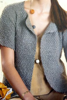 A short-sleeved vest easy to knit - La Malle aux Mille Mailles - Knitting 01 Crochet Cardigan, Knit Crochet, Knit Vest Pattern, Drops Design, Knitting Patterns, Short Sleeves, Pullover, Sweaters, Photoshop