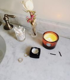 Getting all fresh for a fête  also this candle still makes me melt  Luxe Linen by Aqueisse by brunchonchestnut