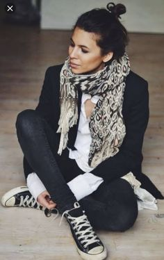 51 Ideas How To Wear Black Converse Outfits Shirts Mode Outfits, Fall Outfits, Casual Outfits, Dress Casual, Casual Attire, Casual Blazer, Casual Jeans, Jeans Style, Casual Shirts