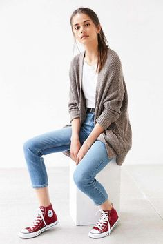 ededacb27cdb CARDIGAN My notes  boyfriend jeans and white sneakers (instead of skinny  jeans and red converse)