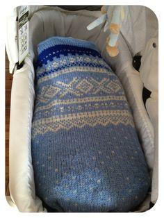sofaprinsessensverden - Vognteppe med Marius mønster Bunting, Baby Kids, Crafty, Blanket, Knitting, Pattern, Image, Tricot, Blogging