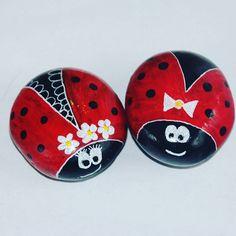 #mrandmrs #ladybug #pepples #magnets  now on etsy  #paintedrocks #pebble  #clef #stoneart #paintedpebbles #musicnotes #sassidipinti #pebbleart #magnets #valentinesgift #valentinespresent #rockdrawing #rockpainting #piedraspintadas #marryme #marriage #gift #hochzeit #cuteanimals