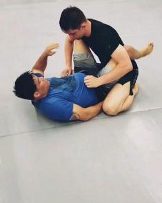 Smooth jiu jitsu move to triangle : Smooth jiu jitsu move to bjj triangle. Mma Workout, Gym Workout Tips, Boxing Workout, Self Defense Moves, Self Defense Martial Arts, Jiu Jitsu Training, Mma Training, Martial Arts Styles, Martial Arts Techniques