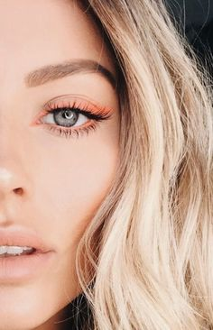 neon eyeliner cat eye makeup ideas for halloween Cat Eye Eyeliner, Cat Eye Makeup, Hooded Eye Makeup, Makeup Geek, Makeup Inspo, Makeup Inspiration, Makeup Ideas, Eye Lip, Eyeliner Makeup