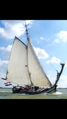 Stevenaak Egberdina Pretty little ship, that! Holland, Dutch Barge, Classic Sailing, Yachts, Sailboat, East Coast, Sailing Ships, The Dreamers, Netherlands
