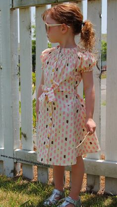 Sew Chatty - I want to make one of these for Franki in a few years.  So vintage and cute!