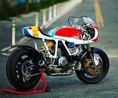 caferacerbrasil:  ☕ #caferacer Brasil     Curta ➡ facebook.com/caferacerbr   Siga ➡ instagram.com/caferacer.brasil   Siga ➡ tumblr.com/blog/caferacerbrasil  #moto #VINTAGE #OLDSCHOOL #motorcycle #RETRO #BOBBER #TRACKER #ratbike