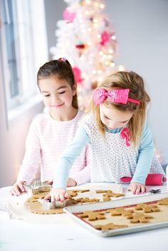 Cookie Decorating for Christmas