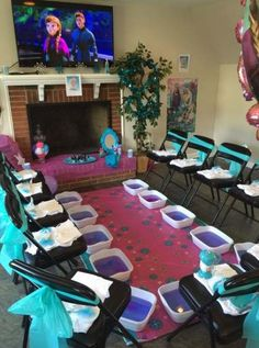 Kids spa set up Sleepover Birthday Parties, Girl Sleepover, Birthday Party For Teens, Birthday Party Themes, Birthday Decorations, 10th Birthday, Birthday Table, Last Minute Birthday Ideas, Turtle Birthday