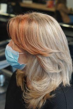Highlight treatment. @wellaprobnl @wellahair @haarvisierijswijk #colormelt #highlight #babylight #olaplex #olaplexnederland #haarkleur #colorist #kleurspecialist #hairstyle Treatment, Highlights, Noel, Luminizer, Hair Highlights, Highlight