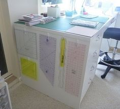 Great idea for ruler storage from -Want it, Need it, Quilt!: I am therefore iQuilt
