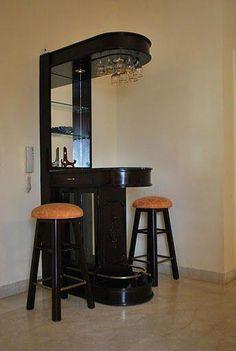 Interior Decorating Plans for your Home Bar Corner Liquor Cabinet, Home Bar Cabinet, Tv Unit Furniture, Home Bar Furniture, Mini Bar At Home, Bars For Home, Mini Bars, Bar Counter Design, Wine Rack Design