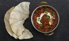 Indické kari s kuřecím masem, jogurtem a zázvorem