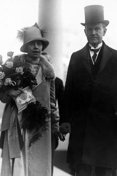Take a walk down Pennslyvania Avenue through the years for an evolution of First Lady style on Inuaguartion Days