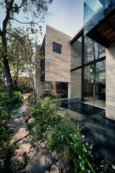 casa guanabanos by Taller Hector Barroso / Mexico