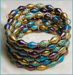paper bracelet - Jewels of Qarth by Crimefish on DeviantArt Paper Quilling Jewelry, Paper Bead Jewelry, Jewelry Crafts, Beaded Jewelry, Jewellery, Paper Beads Tutorial, Make Paper Beads, How To Make Beads, Handmade Beads