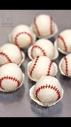 Baseball pop cakes
