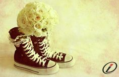 chuck taylor wedding flowers