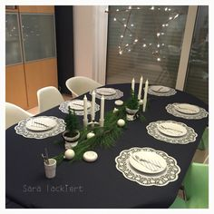 Ready for Christmas with the family! #blackandwhite #tablesetting #christmas #gedeckterTisch #schwarzweiss #interior #dekoration #decoration #inspiration