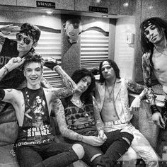 You got Ash goin all Sir yes Sir Andy lookin CUTE AS'F Jake looking HOT like always Jinxx like hey girl im Jinnx And MY BOY CC looking SEXY AS'F like always!!!