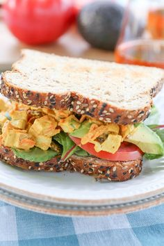 Curried Chicken Salad Sandwiches - a summertime favorite for picnics and barbecues Healthy Lunches For Kids, Healthy Meal Prep, Easy Healthy Dinners, Healthy Eats, Best Chicken Recipes, Real Food Recipes, Healthy Recipes, Healthy Chicken, Food Tips