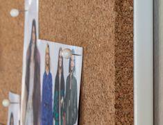 Tablón de anuncios sin marco de corcho para chinchetas: http://www.asturalba.com/mobiliario/pizarras/pizarras_modulares.htm