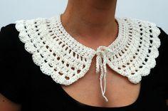 Crochet collar detachable. €15,00, via Etsy.