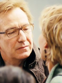 to ] Great to own a Ray-Ban sunglasses as summer gift.alan rickman in love actually Severus Rogue, Severus Snape, Hot British Men, British Actors, Alan Rickman Movies, Zachary Quinto, Emma Thompson, Love Actually, Romantic Movies
