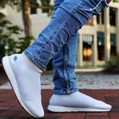 65c2dbbb81e15 Alexander Wang x adidas AW Run BOOST https   twitter.com gmingsefefmn
